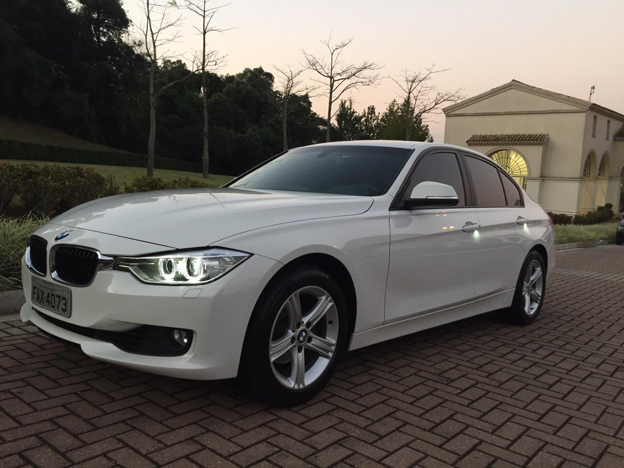 BMW 320i 2.0 Turbo Gasolina
